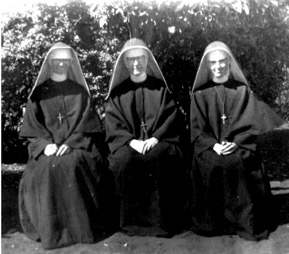 Holy Cross Sisters
